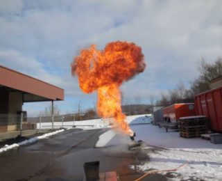 Praktischer Unterricht bei der Feuerwehr
